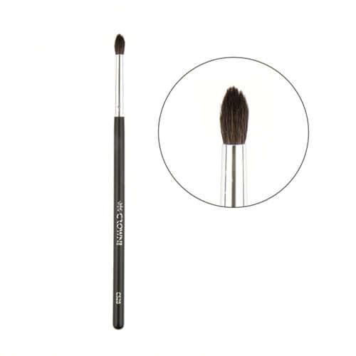 Crown Brush Pro Crease Detail Brush